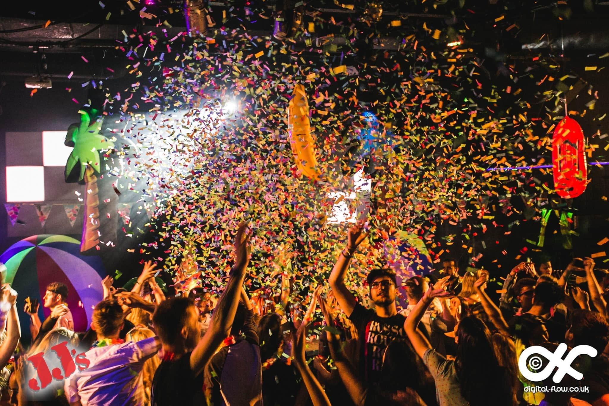 confetti cannon, giant confetti cannon, fetti, fetti blaster, fan powered confetti machine, confetti machine, confetti machine hire, giant confetti machine, large confetti machine, large confetti machine hire.
