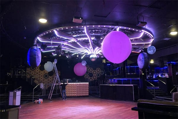 inflatable decor, inflatable hire, hanging inflatable stars, inflatable decor, inflatable decorations, inflatables Gloucestershire, giant inflatable star hire, inflatable stars, inflatable Cheltenham.