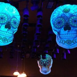 Day Of The Dead, dAY OF THE DEAD HIRE, Día de Muertos Theme, Halloween Events, Day of the dead party, halloween theme, giant inflatable skulls