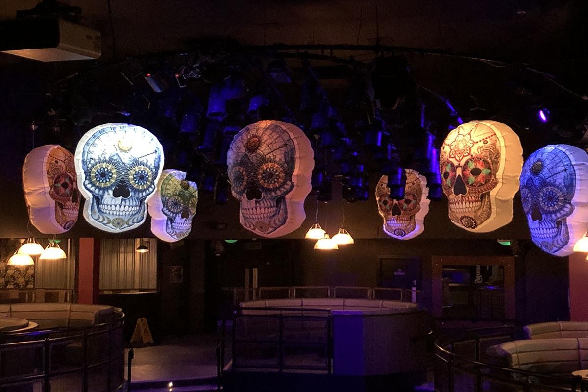 Day Of The Dead, Día de Muertos Theme, Halloween Events, Day of the dead party, halloween theme, giant inflatable skulls