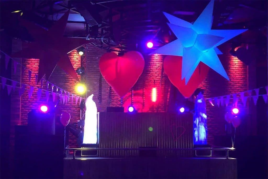 Love Theme, Show Me Love, Love Takesover, Valentine Theme, Valentine party, Love Theme, Giant Inflatable hearts, Love Party, Valentine Parties.