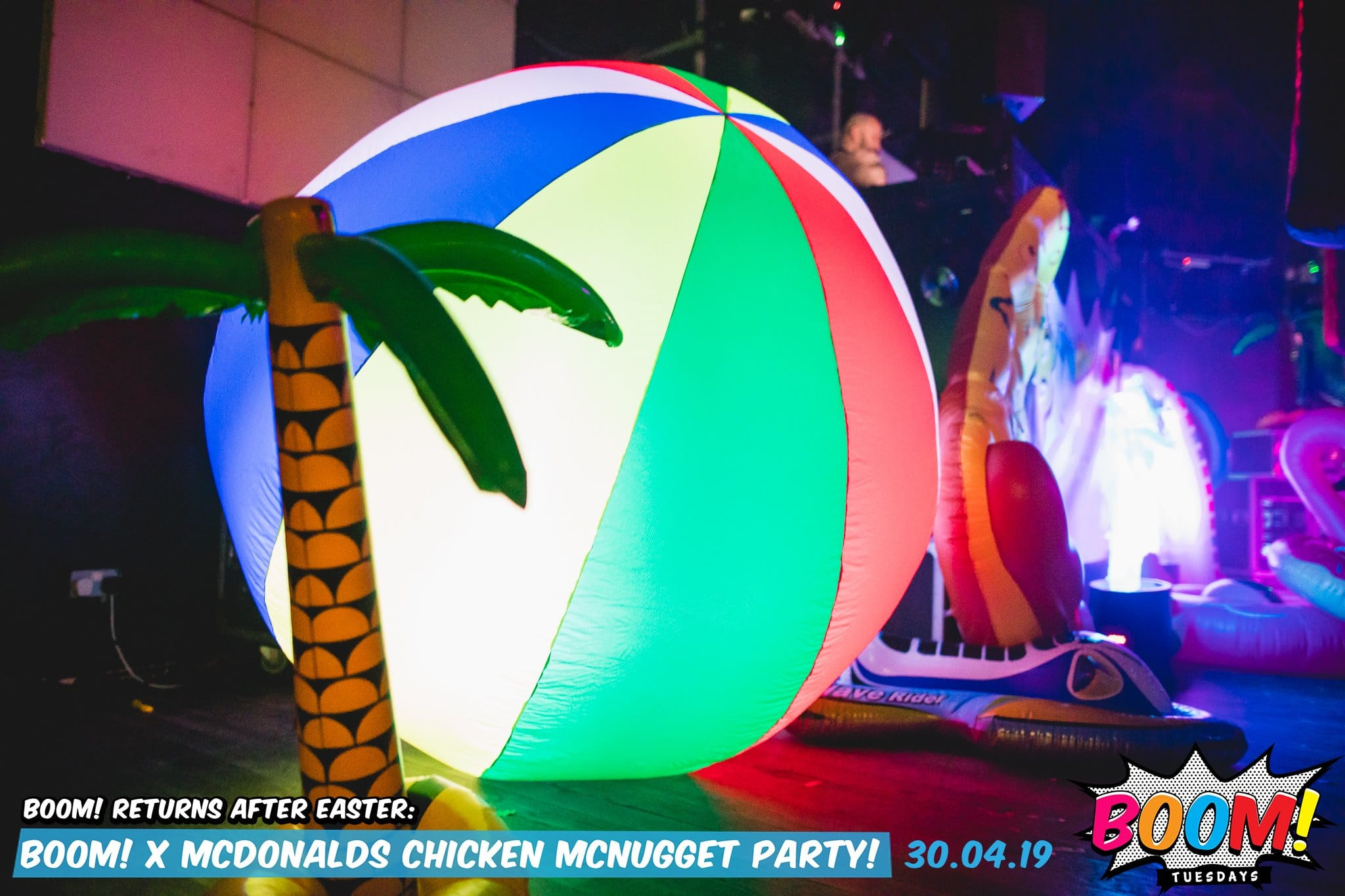 beach party, beach theme, summer party, beach event, summer event, giant beach ball, beach inflatable, giant beach inflatables, beach theme, beach party theme, beach party gloucestershire, beach inflatable cheltenham, event hire gloucestershire, beach hire gloucestershire.