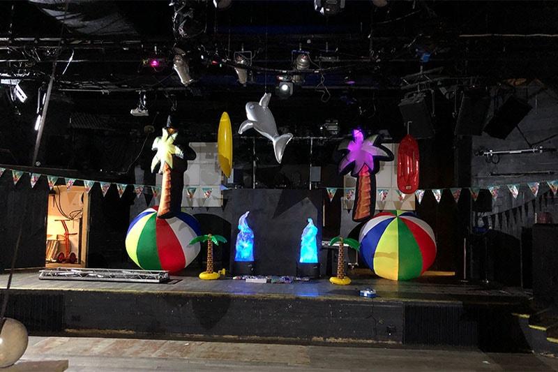 beach party, beach theme, summer party, beach event, summer event, giant beach ball, beach inflatable, giant beach inflatables, beach theme, beach party theme, beach party gloucestershire, beach inflatable cheltenham, event hire gloucestershire, beach hire gloucestershire.
